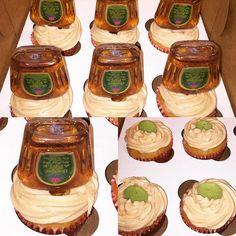 apple crown cupcakes