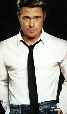 Brad And Angelina, Angelina Jolie, Jennifer Aniston, Brad Pitt Haircut, Cereal Dispenser, Eric Bana, Popular People, Most Handsome Men, George Clooney