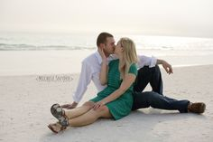 www.michelesnyderphotography.com couple photography, beach couple