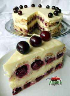 Tort-cu-visine-00 Best Cake Flavours, Cake Flavors, Romanian Desserts, Romanian Food, Easy Cake Recipes, Baking Recipes, Dessert Bread, Pastry Cake, Desert Recipes