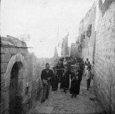 Syriac Christian funerals in the Bab Touma neighborhood, 1900
