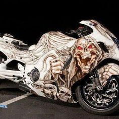 The Suzuki Hayabusa (or is a sport bike motorcycle made by Suzuki since Custom Street Bikes, Custom Sport Bikes, Moto Bike, Motorcycle Bike, Hyabusa Motorcycle, Bike Bmw, Motos Honda, Suzuki Hayabusa, Cool Motorcycles