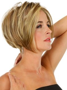 Short Hairstyles for women over 40-2