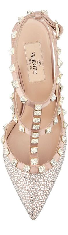 The perfect Valentino shoe for the perfect dress