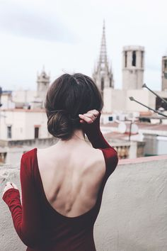 red backless dress | Finch & Fawn