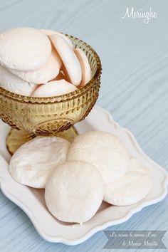 Meringhe, il dolce più semplice e buono del mondo!