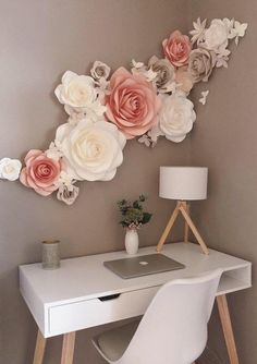 Paper Flowers Wall Decoration - Nursery Paper Flowers - Wall Paper Flowers Decor - Large Paper Flowers - Wohnung~Möbel~Farbe - Home Decor Large Paper Flowers, Paper Flower Wall, Flower Wall Decor, Flower Decorations, Wall Flowers, Flower Wall Design, Flower Backdrop, Cute Room Decor, Nursery Wall Decor