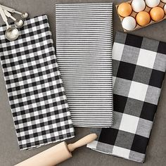 Our Black and White Mixed Check Towels are just what your kitchen is missing! This set is great for drying your hands, dishes, or cleaning up unexpected messes. White Farmhouse, Modern Farmhouse Kitchens, Farmhouse Kitchen Decor, Primitive Kitchen, White Kitchens, Farmhouse Style, White Kitchen Decor, Kitchen Ideas, Kitchen Design