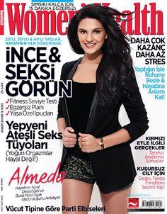 Women's Health Magazine Cover [Turkey] (December 2012) Survivor All Stars, Womens Health Magazine, Cosmopolitan, Cover Photos, Turkey, Fashion Magazines, Women's Health, Magazine Covers, Fitness