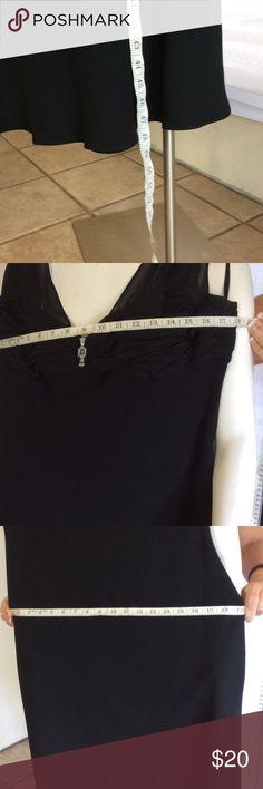 Jones Wear Dress  Elegant dress Black ladies elegant dress with broch perfect  condition size 14 jones wear Dresses