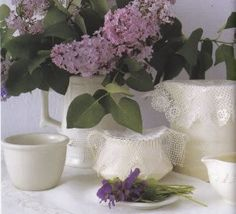 IRISH ROSE LACE TRIM DOILIES & RUNNERS http://bit.ly/1p1WpC9  #IrishAmericanHeritageMonth #lace #linens