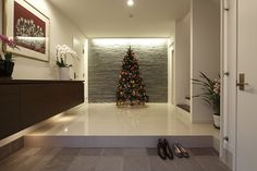 Japanese Home Design, Japanese Style House, Home Design Images, Meditation Room Decor, Underground Homes, Hallway Designs, Entrance Design, Modern House Design, House Rooms