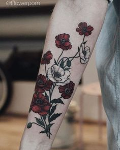 30 Catchy Poppy Tattoo Designs