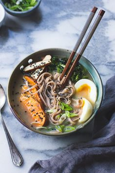 Vegetarian Miso Ramen with Rice Noodles, Roasted Sweet Potatoes and Sesame Broccolini #healthy #recipes #ramen