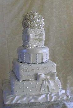 wedding #Wedding Cake| http://awesome-special-wedding-cake-ideas.blogspot.com