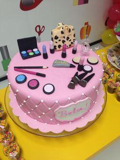 41 Ideas birthday cake for teens makeup spa party Birthday Cakes For Teens, Spa Birthday Parties, Spa Party, Cake Birthday, Bolo Barbie, Barbie Cake, Teen Cakes, Girl Cakes, Spa Cake