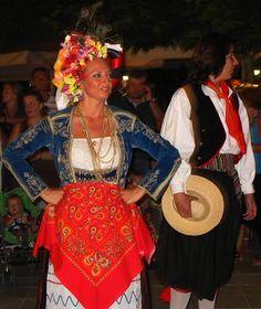 Από παραδοσιακό κερκυραικό χορό