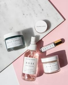 $98.00 retail value  |  @herbivoreb's new Spring/Summer kit can help your skin follow suit to rejuvenate and renew. As the days get longer and more languid we know your complexion will need cooling and clarifying. Combining the reparative powers of Blue Tansy and the soothing hydration of Coconut and Rose, this assortment will keep the elements at bay and your face at its freshest. From brunch down to the beach your skin's cool composure will turn heads in the summer heat.