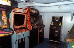 Vintage Arcade Rooms Photographs – Fubiz Media