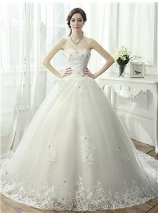 Fantastic Sweetheart Appliques Beading Lace-Up Chapel Train Wedding Dress