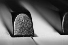 piano keys    Like, share http://www.howtoplaykeyboardonline.com/