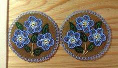 Beaded Circles by Alaska Beadwork Indian Beadwork, Native Beadwork, Native American Beadwork, Loom Beading, Beading Patterns, Beading Ideas, Beadwork Designs, Indian Crafts, Nativity Crafts