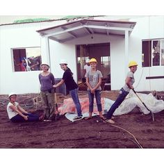 At a Kingdom Hall build in Belize. Photo shared by @tiffkent73