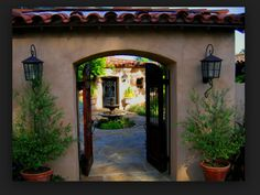 Spanish Style Entry Driveway!