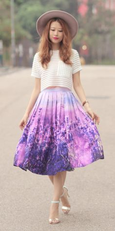 Lavender field skirt, mayo wo, chicwish Lavender Outfit, Lavender Dresses, Full Midi Skirt, Midi Skirts, Mode Inspiration, Fashion Inspiration, Summer Fashion Outfits, Fashion Fashion, Fashion Books
