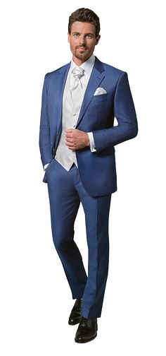 Dolzer made-to-measure men& blue wedding suit Blue Suit Wedding, Wedding Dress Men, Tuxedo Wedding, Wedding Suits, Look Formal, Men Formal, Groom Wear, Groom Outfit, Mens Fashion Suits