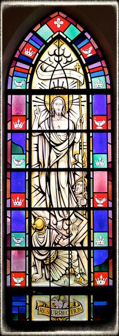What Day Is Easter in 2014?: A stained-glass window of the Resurrection in Saint Mary's Church, Painesville, OH.