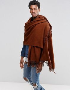 Buy ASOS Woven Blanket Scarf In Tobacco at ASOS. With free delivery and return options (Ts&Cs apply), online shopping has never been so easy. Get the latest trends with ASOS now. Mens Blanket Scarf, Blanket Scarf Outfit, Men Scarf, Streetwear, Moda Blog, Star Wars Outfits, Tactical Clothing, Oversized Scarf, Lakme Fashion Week