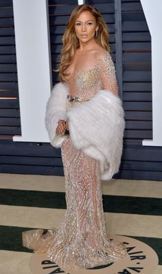 14 Glorious Dresses That You Need To See From The Vanity Fair Oscars Party