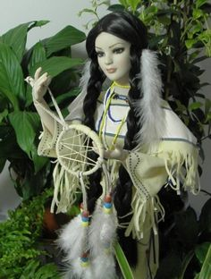 About Dreamcatcher: American Model basic with a dress of Linda Masson