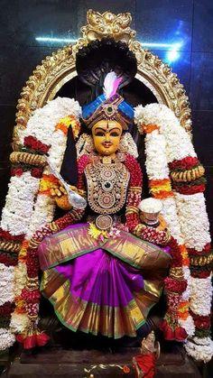 Sai Baba Pictures, Sai Baba Photos, God Pictures, Indian Goddess, Goddess Lakshmi, Durga Maa, Shiva Shakti, Namaste Art, Lord Rama Images
