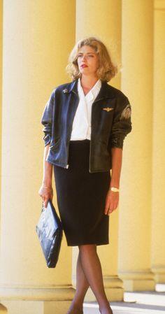 "Charlie - Kelly McGillis - Top Gun 1986 and don't forget ""Mav""! Top Gun Costume, 80s Costume, Movie Costumes, Top Gun Halloween Costume, Costume Ideas, Toga Costume, Top Gun Movie, Kelly Mcgillis, Halloween Disfraces"