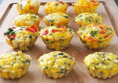 Mini omlete la cuptor in 4 feluri Baby Food Recipes, Dessert Recipes, Cooking Recipes, Healthy Recipes, Desserts, Weekly Menu, Baked Potato, Muffin, Food And Drink