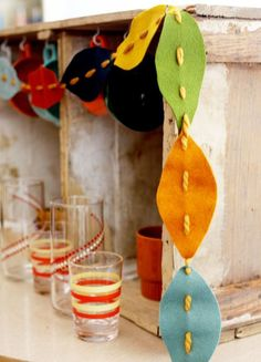 12 Fall Kids Crafts — my blessed life™ felt leaf garland Kids Crafts, Fall Crafts For Kids, Holiday Crafts, Decor Crafts, Leaf Crafts, Winter Craft, Family Crafts, Toddler Crafts, Christmas Decor