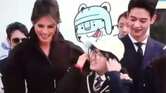 Melania Trump Upstaged Again, This Time By Korean Pop Star Choi Min-Ho — Watch https://tmbw.news/melania-trump-upstaged-again-this-time-by-korean-pop-star-choi-min-ho-watch  Well this is awkward. South Korean teens were excited to meet US FLOTUS Melania Trump…until K-pop star Choi Min-Ho (aka Minho) showed up! Watch the hilarious video here!Oops! Typically, meeting the first lady of any nation is a tremendous honor, but meeting Korean pop sensation Choi Min-Ho (better known as Minho) is even…