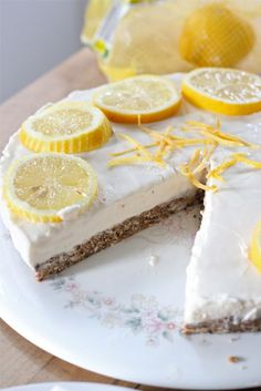Eat Good 4 Life: Gluten Free No bake frozen Lemonade Cheesecake.  (You could substitue the gluten free oats for gluten free graham crackers.)