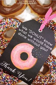 3 Ideas for Real Estate Client Appreciation Events Donut Resident Appreciation Idee! Cadeau Client, Diy Beauty Hacks, Employee Appreciation Gifts, Appreciation Cards, Employee Gifts, Real Estate Gifts, Realtor Gifts, Client Gifts, Staff Gifts