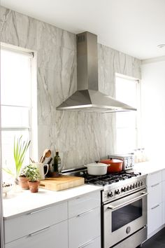 {real kitchen, something to aspire too} emma's kitchen from the marion house book blog