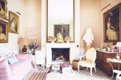 ENGLISH COUNTRY HOUSES: At home with India Hicks in her mother's home The Grove near Brightwell Baldwin in England...