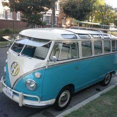 1963 Volkswagen Vanagon VW Bus with 23 Windows Volkswagen Bus, Volkswagen Transporter, Bus Camper, Campers, Vw Vanagon, Combi Vw, Mini Bus, Vintage Vans, Custom Vans