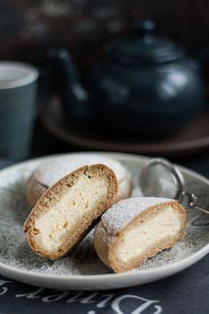 Túrós zsemle recept Bread, Food, Diet, Brot, Essen, Baking, Meals, Breads, Buns