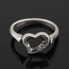 <3 ring... Don't forget Valentine's day!!!!