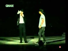 Performing by Michael Jackson MTV Video Music Awards Performance Rehearsal MJJ Production Inc. Michael Jackson Youtube, Michael Jackson Gif, Mtv Video Music Award, Music Awards, Dance All Day, Peace And Harmony, Your Music, Love Him, Guys