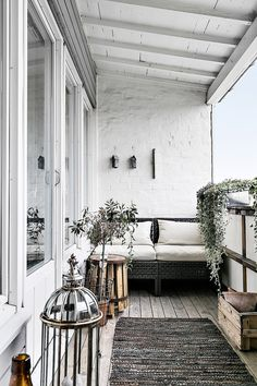 Attractive balcony decking ideas are standing just a few scrolls away, more than 50 extraordinary enchanting as well as yet basic ideas to be exact. Decor, Balcony Decor, Wooden Terrace, House, Apartment Decor, Home, Cheap Pergola, Outdoor Living, Small Apartments