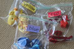 LIKE ideas like this, for teaching up-n-comin' toddler Lucy! Toddler Busy Bags, Toddler Fun, Toddler Learning, Early Learning, Toddler Activities, Tot School, Summer School, Diy Crafts For Kids, Kids Diy