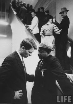 Martin Luther King meets with Robert Fitzgerald Kennedy. Both ended up being victims of assassinations. It was a double tragedy for America !